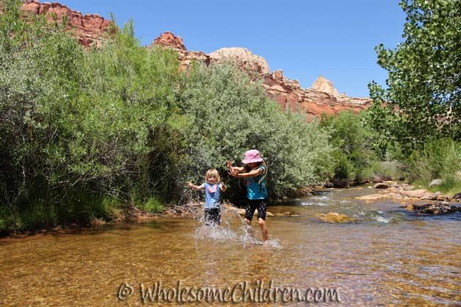 vacation-vs-family-vacation-kids-fun